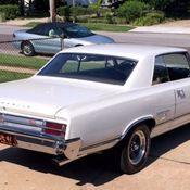 1965 Oldsmobile 442 Rust Free, Tri-Carb, 4 Speed plus many