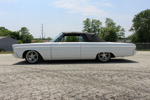 rare different 1966 plymouth fury convertible. Black Bedroom Furniture Sets. Home Design Ideas