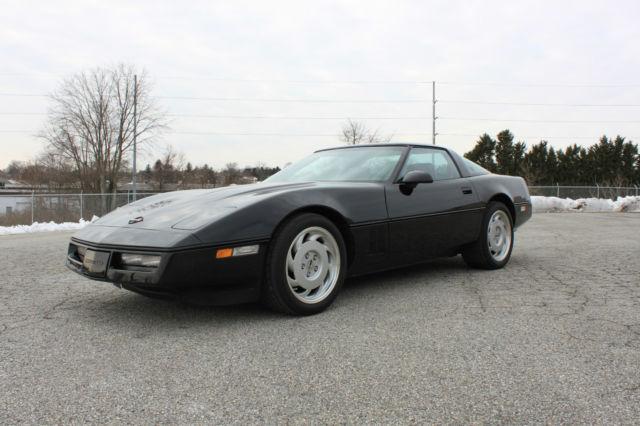 Super Clean    1985 Corvette Coupe    4 3 Manual Trans