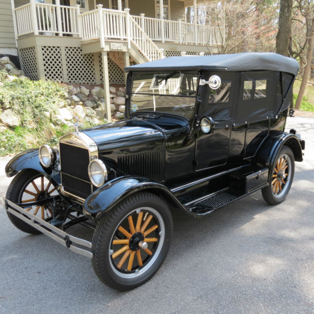 1926 Ford Model T Touring Automobile