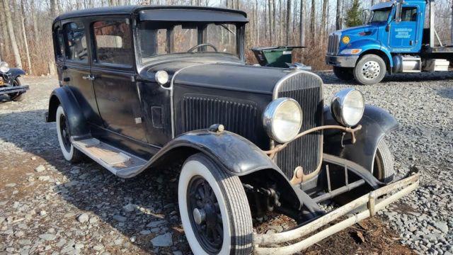 chrysler model  sedan  sale  lakewood