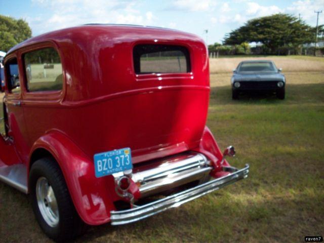 1932 ford 2 door sedan tudor 5 windows 383 engine for 1932 ford 2 door coupe