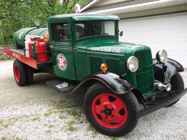 1933 Ford Model BB Truck, Sinclair Oil Delivery Tanker ...