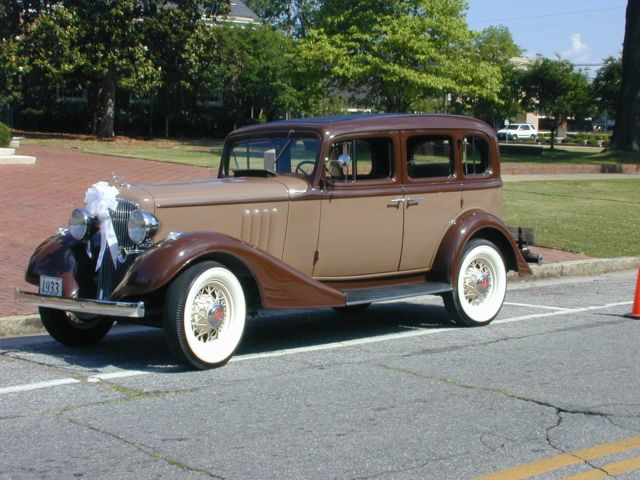 1933 pontiac 601 4 door sedan