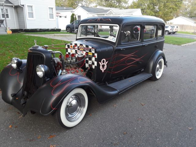 1934 DODGE SEDAN WITH A WORK FLATHEAD V8 SUICIDE FATMAN FRONT END AL