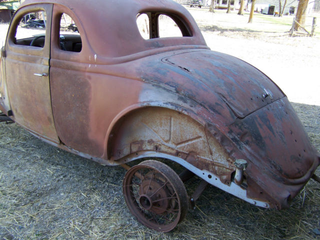 1936 ford coupe nice project or rat rod body 40 ford front and rearend for sale in grygla. Black Bedroom Furniture Sets. Home Design Ideas