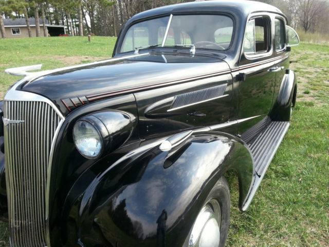 1937 chevrolet master deluxe 4 door barn find runs and for 1937 chevy 4 door sedan