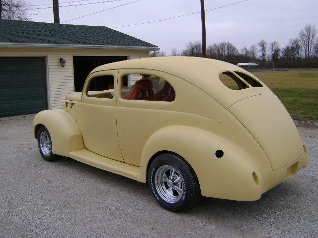 1938 Ford 2dr Sedan Deluxe