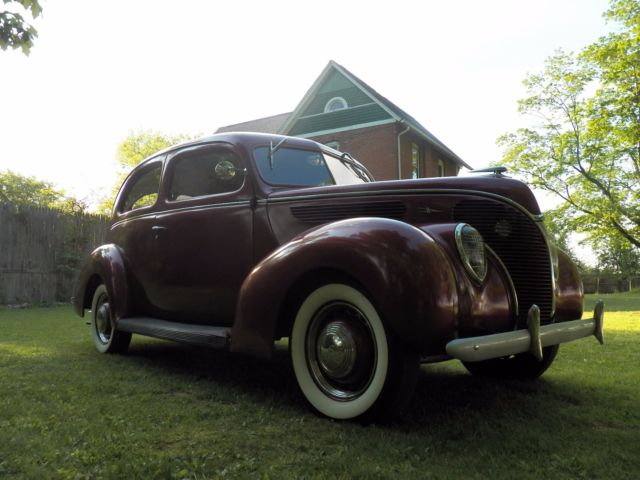 1938 ford sedan deluxe no reserve auction for 1938 ford deluxe 2 door sedan