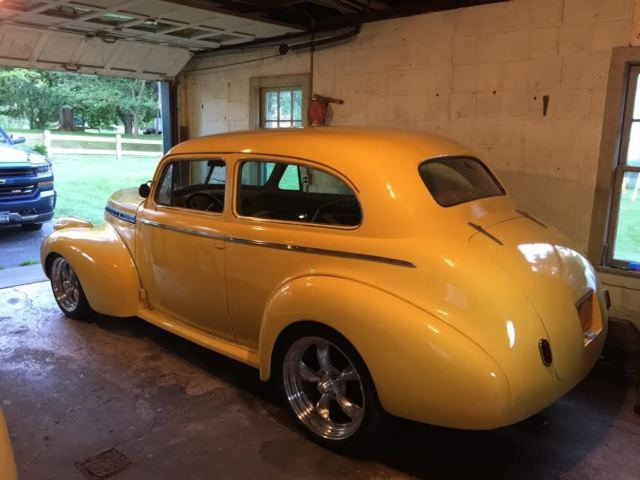 1940 Chevy 2-dr  Sedan Streetrod for sale: photos, technical