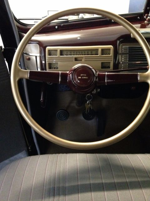 1940 FORD DELUXE 2 DOOR SEDAN BLACK FLATHEAD V8 NEW