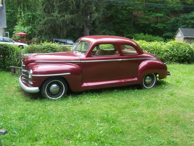 1948 PLYMOUTH SPECIAL DELUXE COUPE BURGUNDY PAINT WITH TAN