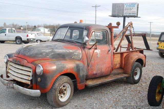 1951 gmc vintage tow truck - runs and drives