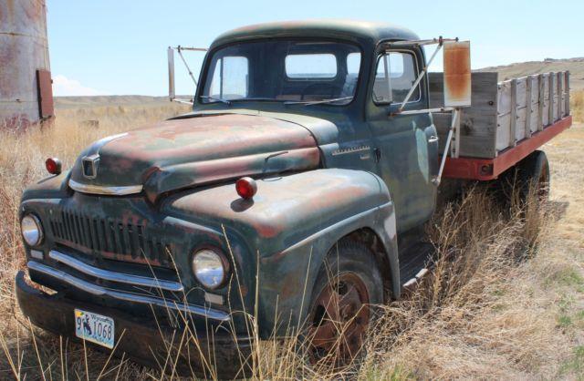 1952 International Harvester L 180 Series 2 5 Ton Side