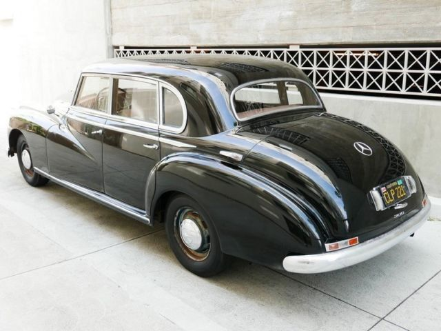 1953 mercedes benz adenauer 4 door sedan for Mercedes benz 4 door
