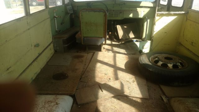 1f1263ed75 1954 CHEVROLET 3800 3 WINDOW SHORT SCHOOL BUS. YES I SAID SHORTY SCHOOL BUS  KOOL for sale  photos