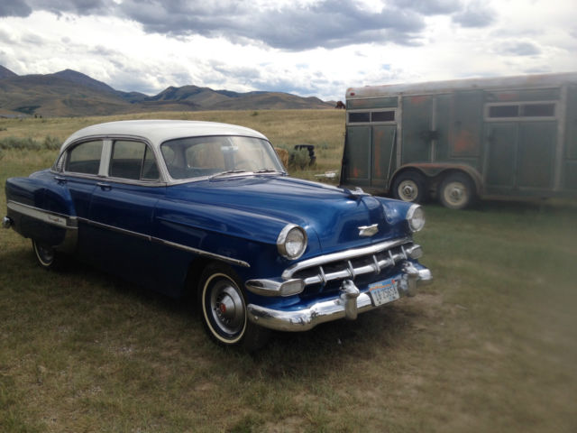 1954 chevy bel air 4 door sedan blue and white 81 549 for 1954 belair 4 door