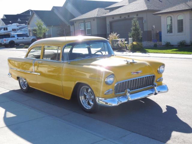 1955 chevy 210 2 door sedan 350 700r4 12 bolt 4 wheel for 1955 chevy 2 door sedan