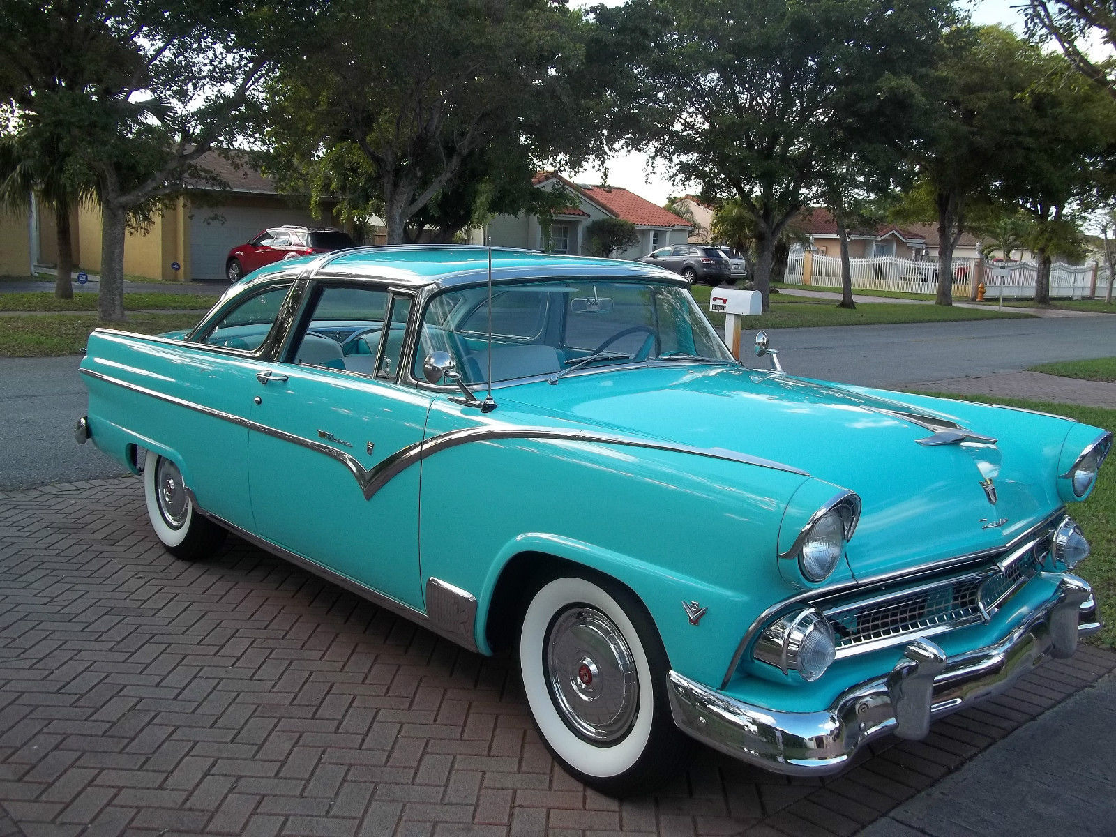 1955 ford crown victoria restored not chevy for sale in hialeah florida united states. Black Bedroom Furniture Sets. Home Design Ideas