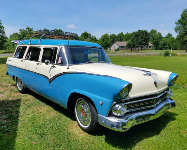 1955 ford four door country sedan station wagon for 1955 ford 2 door wagon
