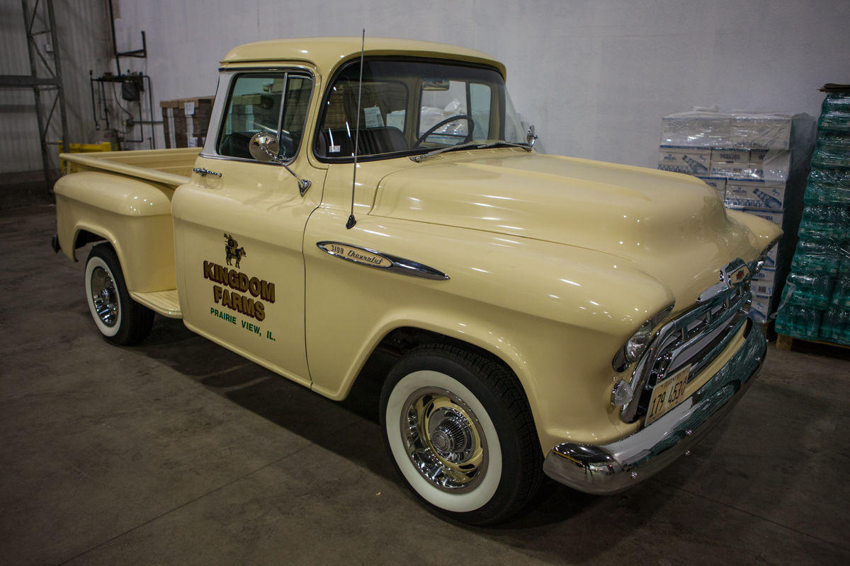 1957 chevy pickup 3100 shortbed for sale in chicago illinois united states. Black Bedroom Furniture Sets. Home Design Ideas