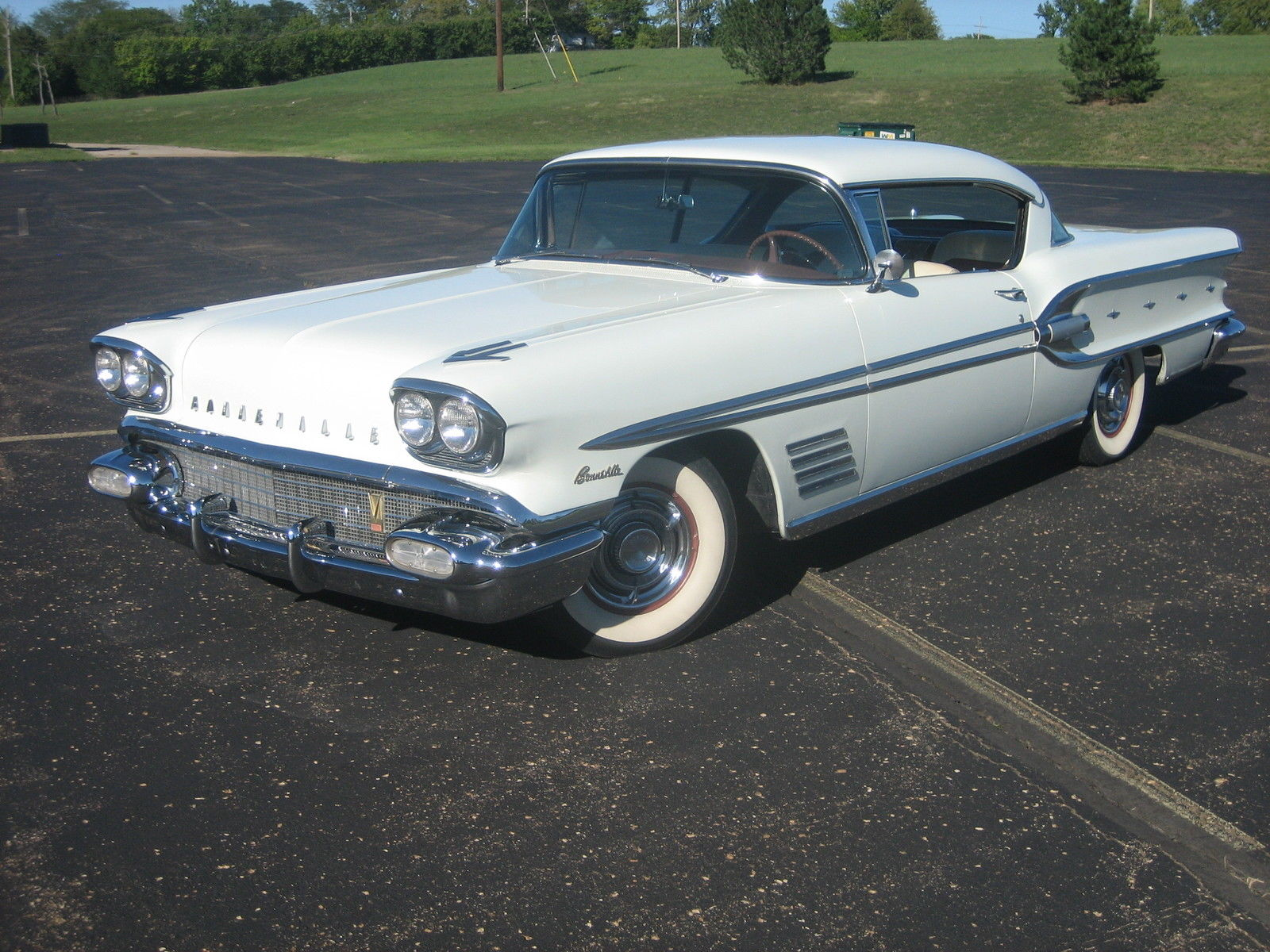 1958 pontiac bonneville 2 door hardtop coupe air suspended