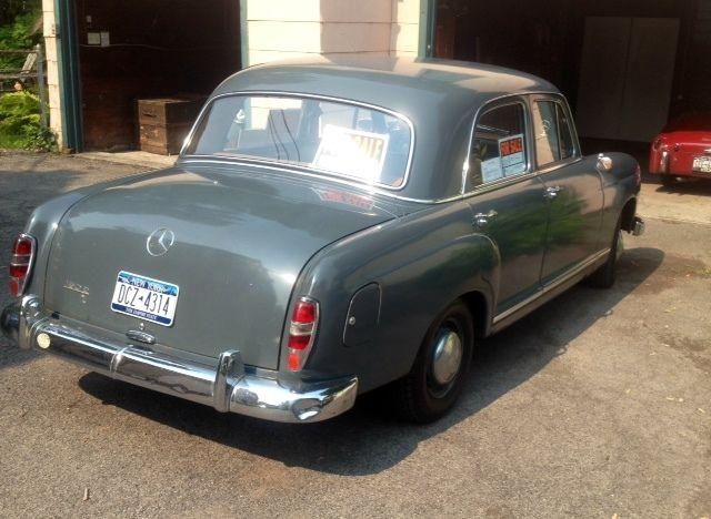 1960 mercedes benz 190d ponton 4 cylinder diesel with for Mercedes benz diesel oil