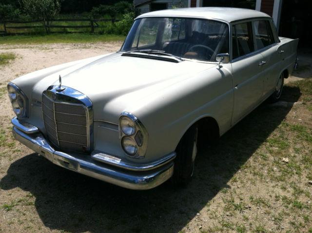 1960 mercedes benz 220 sb sedan low miles fintail for Sb mercedes benz