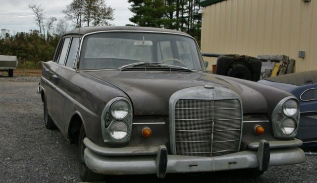 1960 Mercedes Benz 220s 4 Door Sedan 6cyl Automatic For