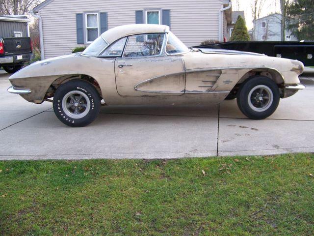 1961 Chevrolet Corvette Project Car For Sale: 1961 CORVETTE PROJECT CAR For Sale In Columbia Station