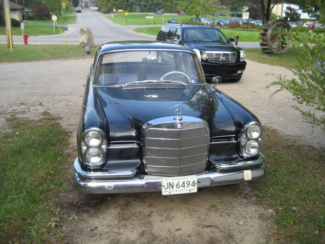 1962 mercedes benz 220 se 4 door for sale in traverse city for Best time of year to buy a mercedes benz