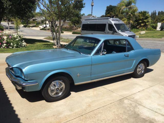 1966 ford mustang coupe 6 cylinder in blue excellent. Black Bedroom Furniture Sets. Home Design Ideas
