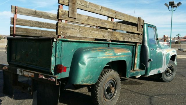 1966 International 200 series 3/4 ton stepside, 4 wheel drive