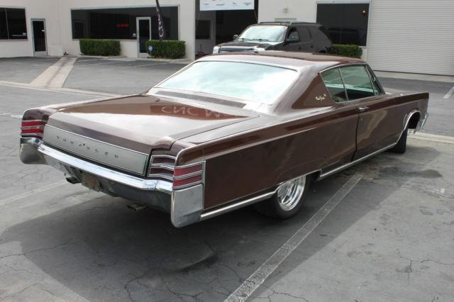 1967 Chrysler New Yorker 2-Door Coupe RB-Series 440 V8 TorqueFlite