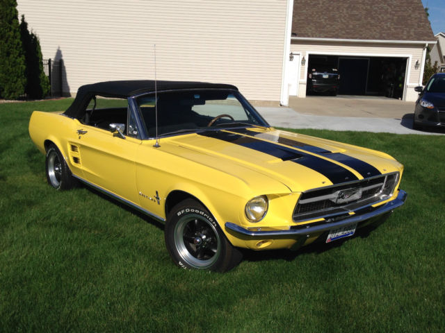 1967 convertible mustang for sale in perrysburg ohio united states. Black Bedroom Furniture Sets. Home Design Ideas