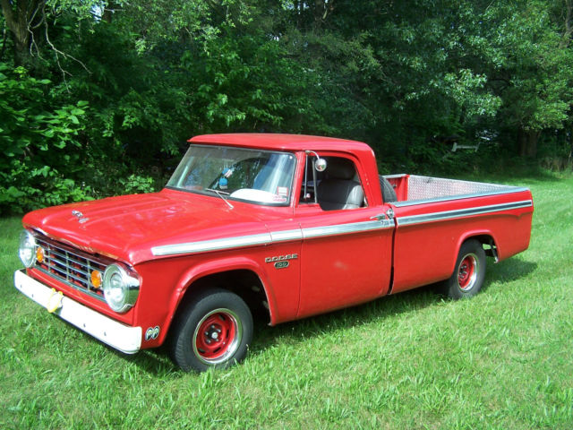 1967 Dodge pickup ,Sweptline ,D100 Great condition.NO ...