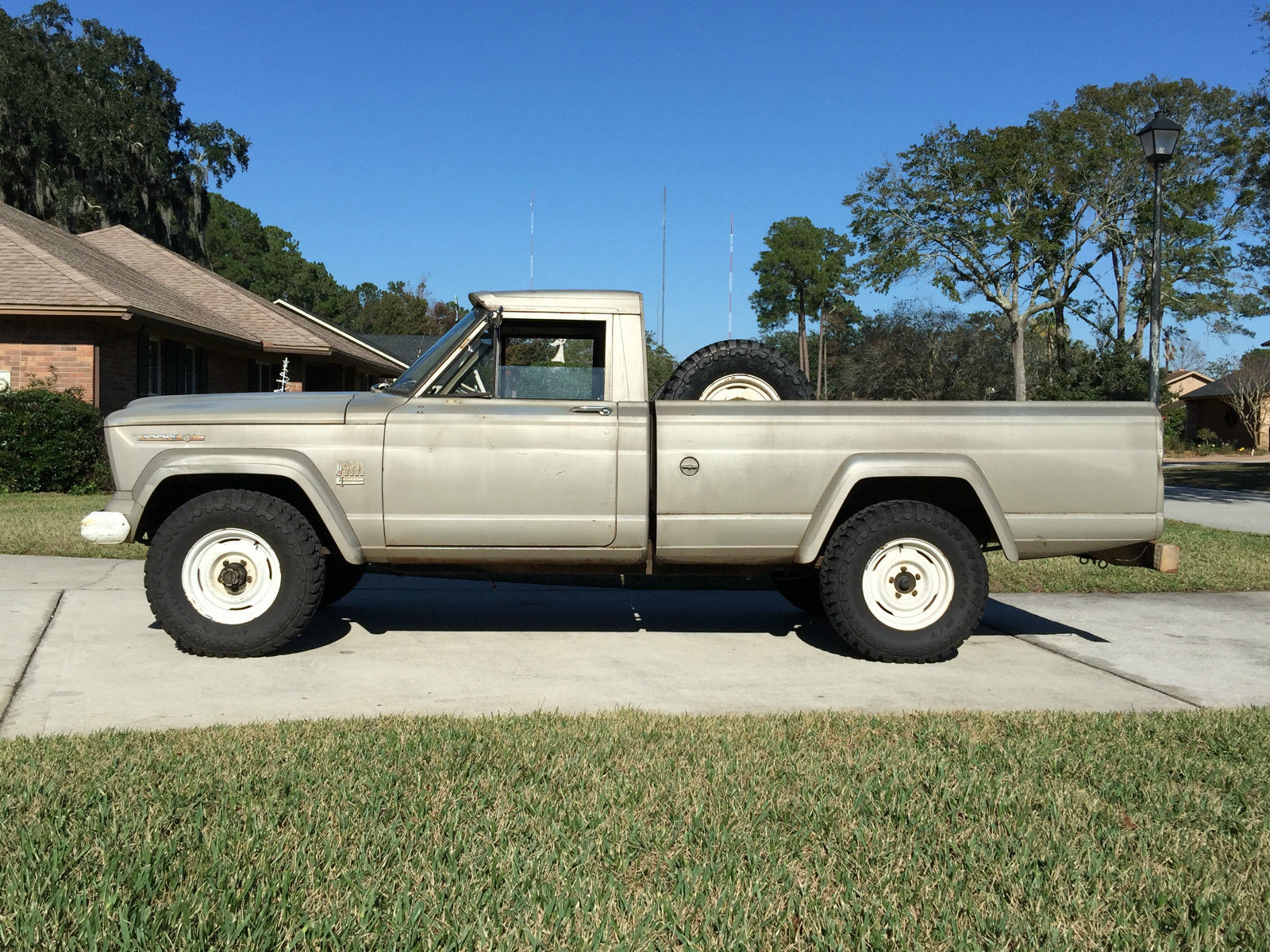 1967 jeep gladiator j10 j3000 pickup truck barn find for sale in jacksonville florida united. Black Bedroom Furniture Sets. Home Design Ideas