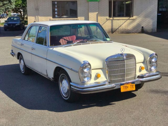 1967 mercedes benz 250s w108 200 series rare lots of for Mercedes benz tune up cost