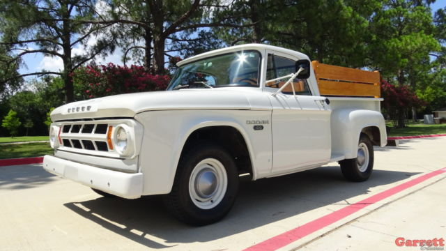 1968 Dodge D-100 Classic Slant-6 Powered 3 on the tree ...