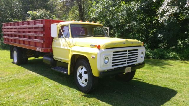 1968 Ford F600 - Completely Original and Like New Throughout!