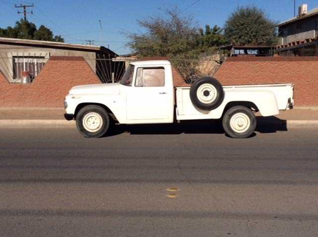 1968 International Harvester IHC Pickup Model 1200C 3/4 Ton