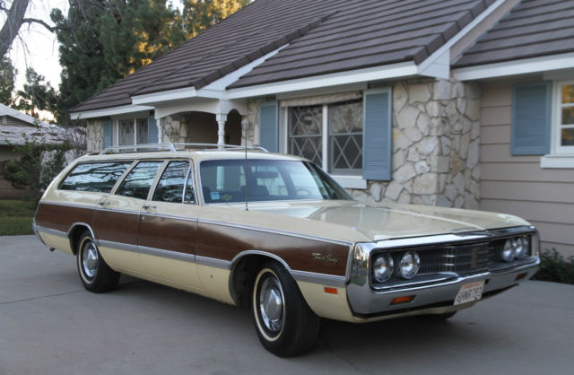 1969 Chrysler Town Amp Country Station Wagon High Option For