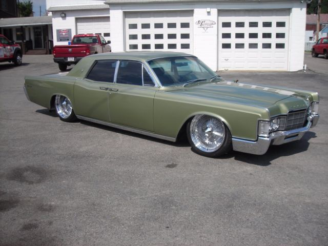 1969 Lincoln Continental With Suicide Doors Bagged