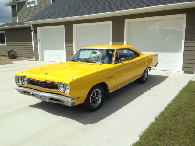 1969 Plymouth Sport Satellite for sale: photos, technical ...