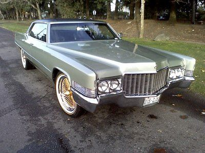 1970 Cadillac Deville _ Olive Green for sale: photos