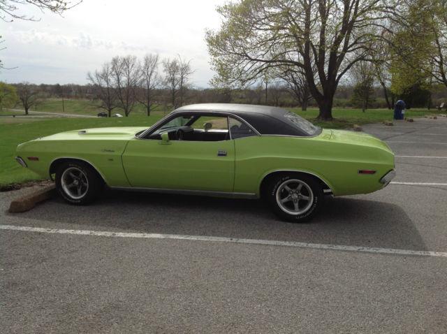 1970 Dodge Challenger Sublime Green Black Vinyl Roof For Sale In Saint Louis Missouri United States For Sale Photos Technical Specifications Description