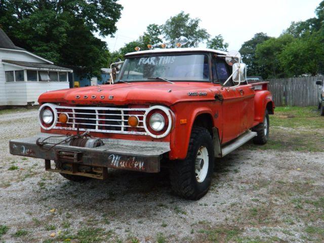 1970 Dodge Power Wagon Crew Cab D-200