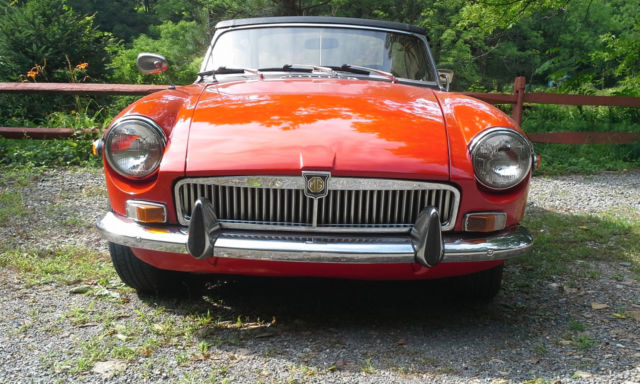 1970 mgb red and black convertible with wire knock off wheels for sale in easton pennsylvania. Black Bedroom Furniture Sets. Home Design Ideas