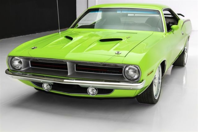 Plymouth Cuda Sub Lime Green Pistol Grip Speed New Paint Manual For Sale