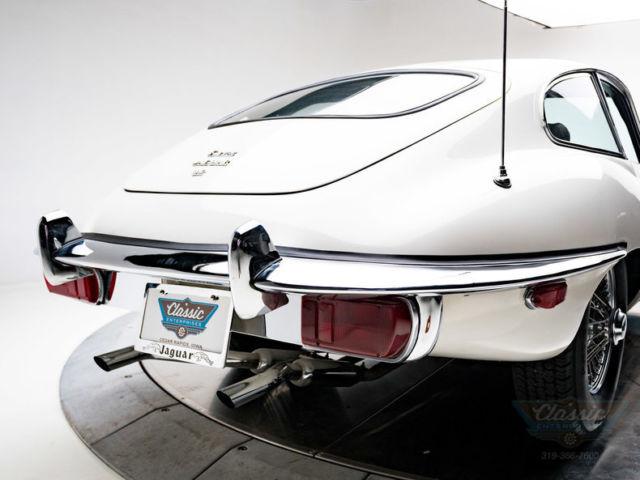 1971 jaguar xke 4 2 liter dohc inline 6 4 speed manual coupe old english white. Black Bedroom Furniture Sets. Home Design Ideas